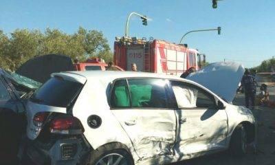 Incidente al semaforo per Triscina, diverse auto coinvolte