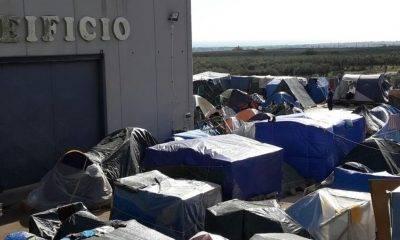 Campobello, raccolta delle olive. Regole più severe per il campo migranti