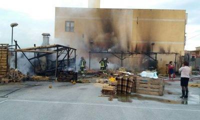 Incendio distrugge Presepe allestito dalla chiesa di ciancio