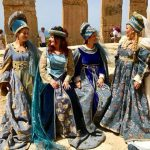 """Tanti i turisti affascinati dal """"flash mob"""" al Parco Archeologico di Selinunte organizzato dal Corteo Storico di Santa Rita 5"""