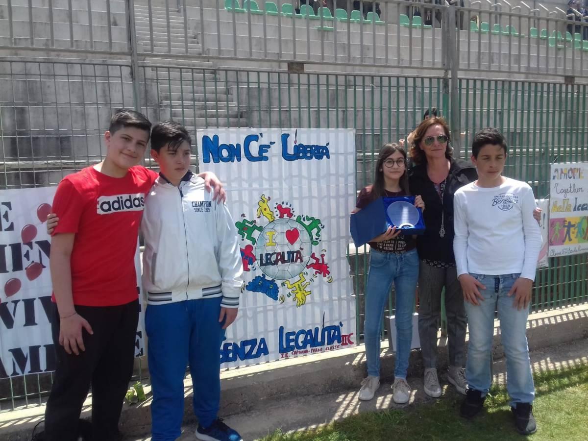 """I.C. """"Capuana-Pardo"""": primo posto al Torneo della legalità"""