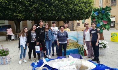 """Gli studenti dell'I.C. """"L. Radice Pappalardo"""" e il loro impegno per """"Creare un mondo a colori"""""""