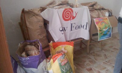 """il pane """"ARCOBALENO"""" in mattinata preparato da alcuni panificatori e aiutato i volontari della Caritas a di famiglie bisognose 1"""